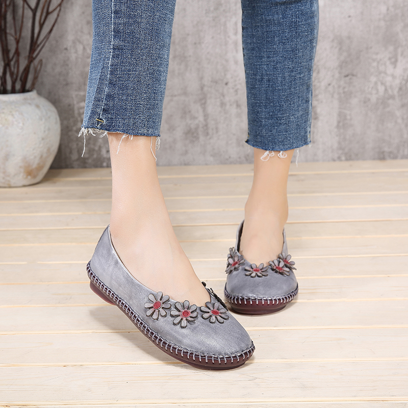 Shallow Shoes Women Soft New Style Woman Flats Original Leather Little Flowers Round Toe Comfortable Casual Lady Flat Shoes cresfimix zapatos women cute flat shoes lady spring and summer pu leather flats female casual soft comfortable slip on shoes