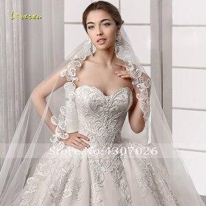 Image 5 - Loverxu Schatz Ballkleid Hochzeit Kleider Elegante Ärmellose Spitze Applique Up Braut Kleider Gericht Zug Brautkleid Plus Größe