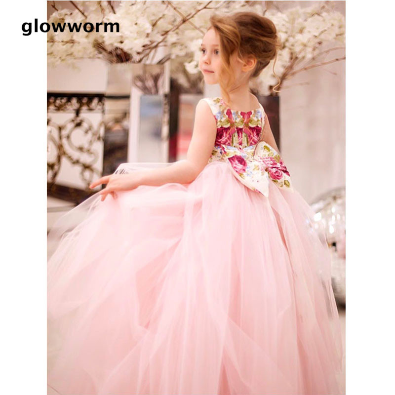 Glowwormkids 2018 Runway New Baby Girls Dress Satin Cotton Material Waist Bow Tie Birthday Party Formal Girls Dress hs086 купить в Москве 2019