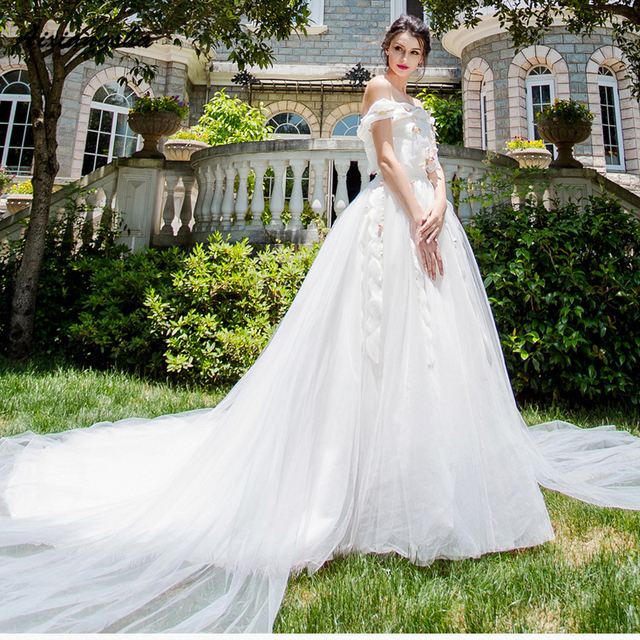 18 Quality Wedding Dresses Boat Neck With Train Appliques Flowers Royal Brida Robe de Marriage Wedding Gowns Elegant Customized