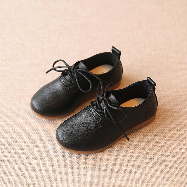 2016 Novos Meninos Meninas Casuais PU Sapatos de Couro Crianças Sapatos Fundo Macio Sapatos de Praia Criança Crianças Estilo Inglaterra