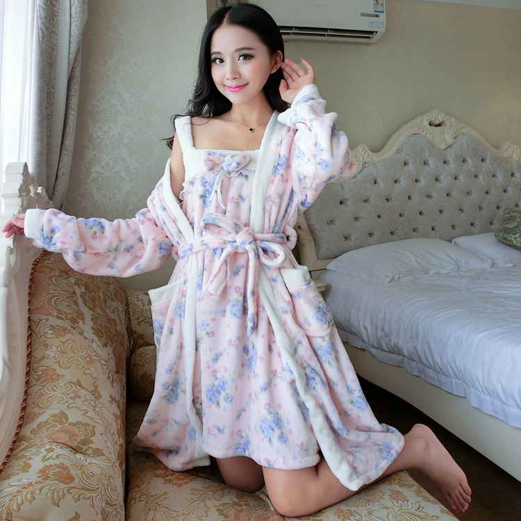 2PCS Sexy Thick Warm Flannel Robes Sets for Women 2018 Winter Coral Velvet Lingerie Night Dress Bathrobe Two Piece Set Nightgown 268