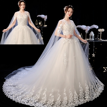 2019 New Off White O Neck Long Train Wedding Dress Beautiful Lace Applique Illusion Lace Up Wedding Gown Vestido De Noiva L 1