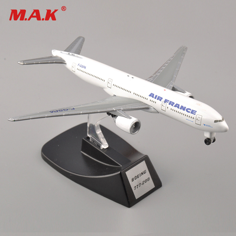 Mini Aircraft model Toy Alloy materials kids toys Airbus A380 Boeing 777 toy U/_O