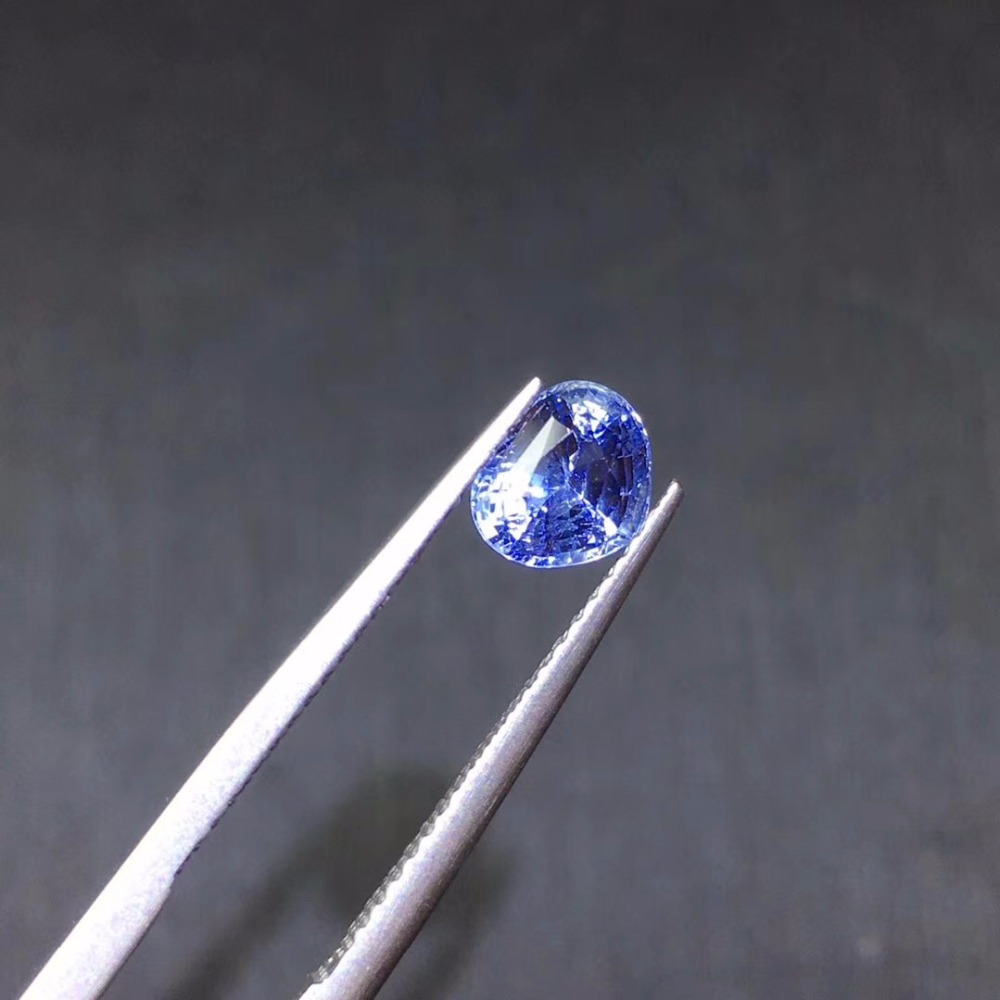 AIG Certificated 1.11ct UnHeat No indication Cornflower Blue Natural Sapphire Gems Loose Gemstones Loose StonesAIG Certificated 1.11ct UnHeat No indication Cornflower Blue Natural Sapphire Gems Loose Gemstones Loose Stones