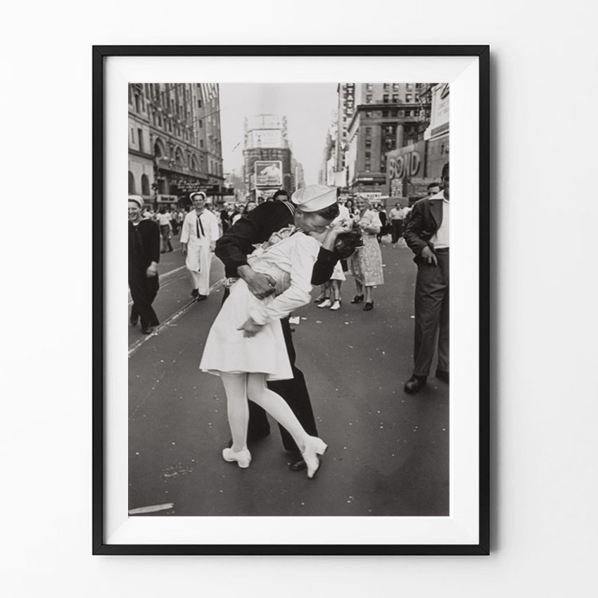 Vintage Art Black And White Photo Frame Victory Kiss Poster New York Canvas Painting Picture Print Home Wall Art Decoration
