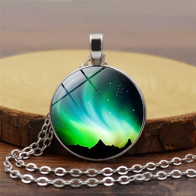 2018 new fashion Green Aurora Borealis Necklace glass cabochon pendant For Women  Gift Necklace Girl Best Festival Gift Jewelry 1c3970f813b3