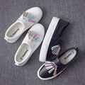 Универсальный Весна Обувь Корейский Цвет Кисточкой Ленивый Педаль Сдобы Толстым Дном Обувь Loafer Ступил Обувь Ботинки Холстины Женщин