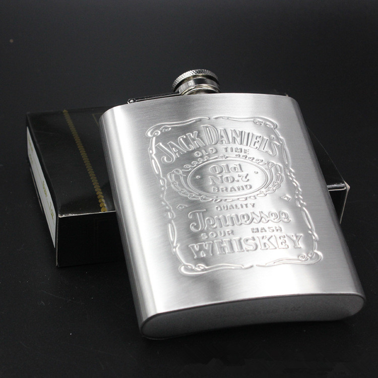 Hot Sale Portable Stainless Steel Hip Flask Travel Whiskey