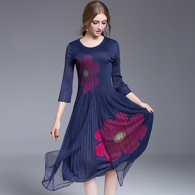 The New Womens Fashion Three Quarter Seven Fold Lace pleats Dresses