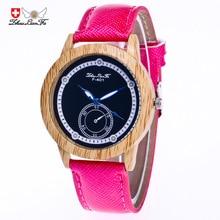Творческий масштаб Woodgrain сплав Циферблат красный кожаный ремешок 20 мм Для мужчин Пара Спортивные кварцевые часы Белый наручные Для мужчин s часы saat C434