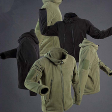 все цены на New Military Tactical Fleece Jacket Soft Shell Men Thermal Hunting Hiking Coat Outdoor Sport Windproof Keep Warm Hoodie Jackets онлайн