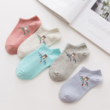 2017 Women Socks Warm Comfortable Casual Cotton Girl Ankle Socks Durable Shallow Mouth Invisible Striped Female Sock Hosiery