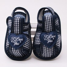 Cute Love Mosaic Printing Baby Shoes Hollow Gingham Toddler