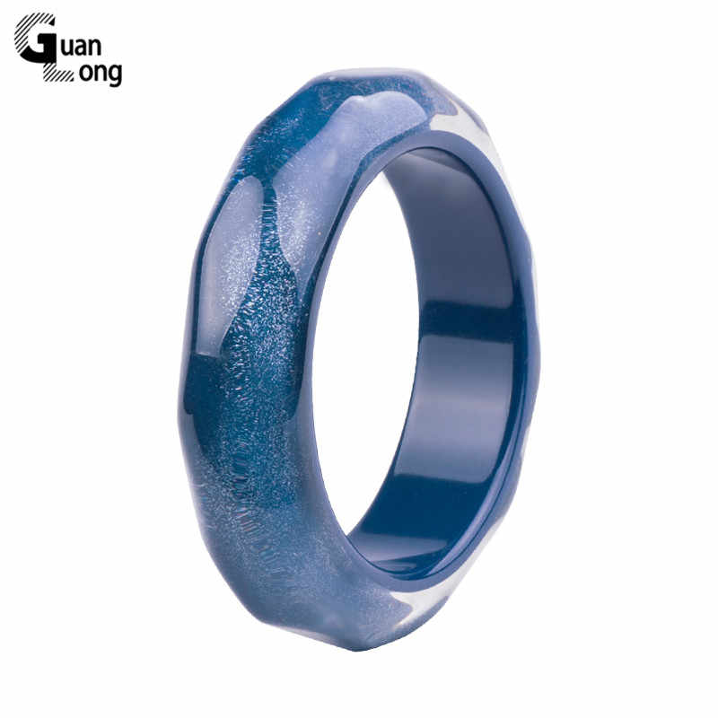 GuanLong Classic Resin Cuff Bracelet Bangles Women Fashion Colorful Blue Acrylic Wide Bracelet Female Simple Charm Party Jewelry