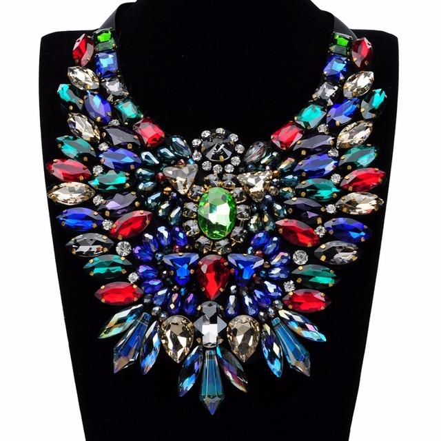 Unique 2015 Primavera Popular de Venta de Lujo Crystal 5 Colores Collar Nuevo Diseño Búho Cinta Declaración Collar Collares y Colgantes