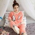 Pijamas de Franela de invierno De Las Mujeres Cómodas Y Calientes Mujeres Lindo Conejo de Dibujos Animados Niñas de manga Larga Pijamas Ropa de Dormir a Casa