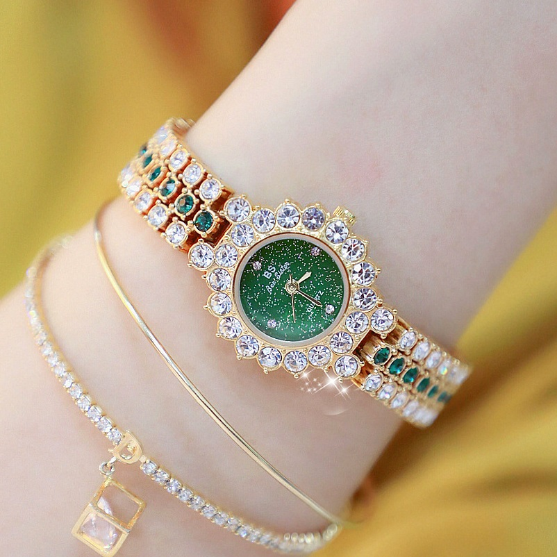 New Arrivral Luxury Diamond Small Dial Women Watches Lady's Elegant Dress Watch Girl Fashion Casual Quartz Watch Zegarek Damski