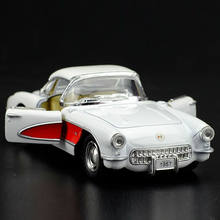 High Simulation Exquisite Diecasts&Toy Vehicles: KiNSMART Car Styling 1957 Corvette Vintage Car 1:34 Alloy Diecast Model Toy Car(China)