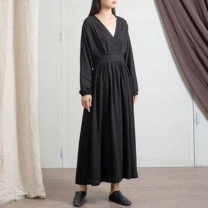 Image 4 - Johnature 2020 wiosna pościel bawełniana nowy dekolt w serek luźne jednolity kolor długi sukienka Vintage nowy 3 kolory chiński styl kobiety sukienki