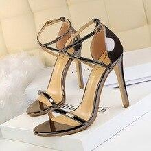 цена Show Thin Cross Strap Women Sandals 2019 New Patent Leather Concise Summer High Heels 11cm Shoes Open Toe Women's Office Sandals онлайн в 2017 году