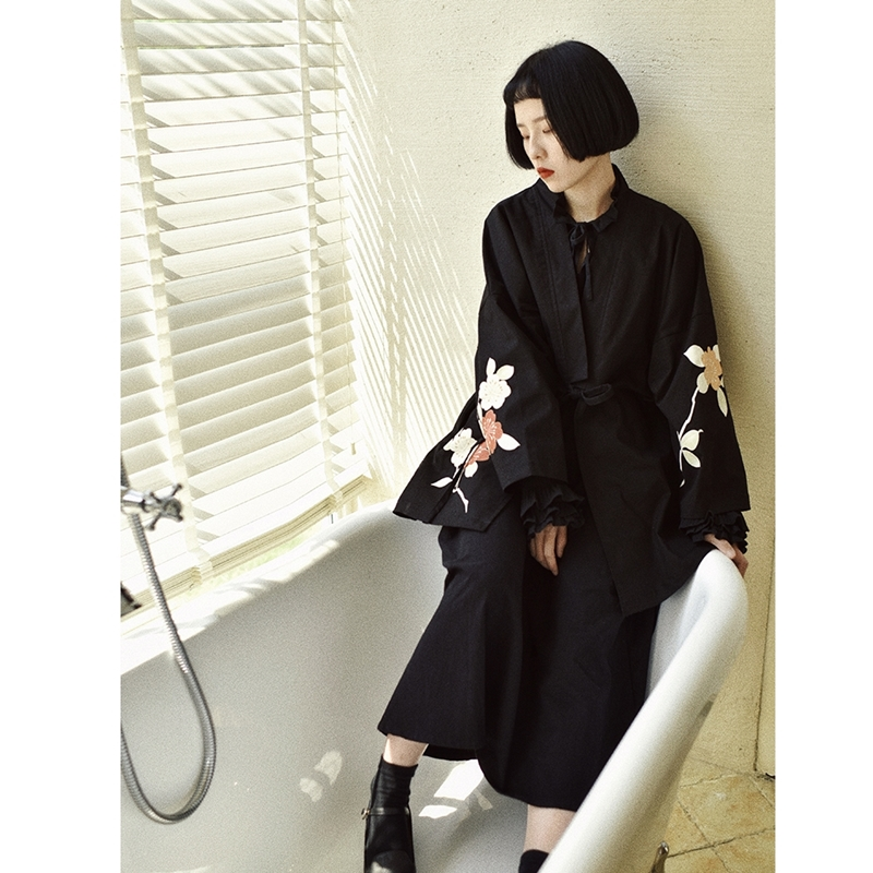 Kimonos Woman 2019 Yukata Female Japanese Outfits Streetwear Geisha Women's Kimono Cosplay Harajuku Clothing Haori Obi FF2062