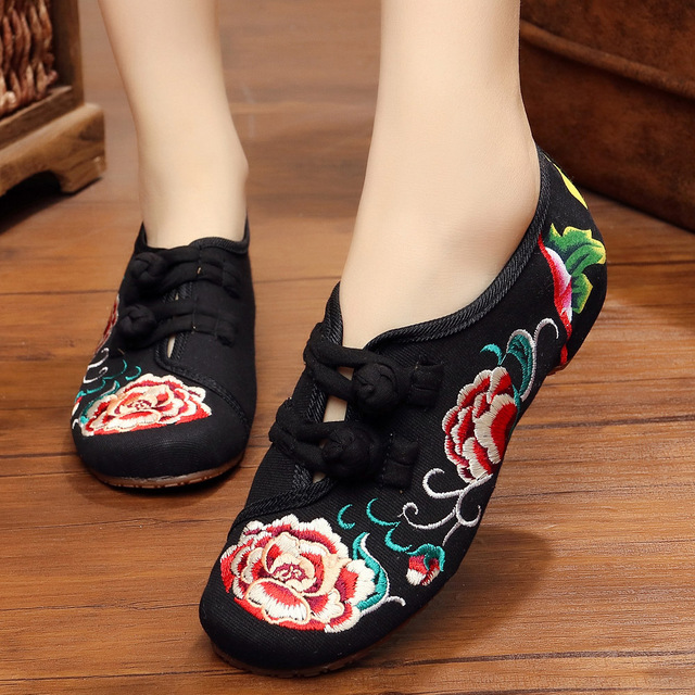 Plus Size 41 Fashion Shoes Woman Old Beijing Mary Jane Flats Casual Chinese Style peony Flower Embroidered Cloth Canvas Shoes