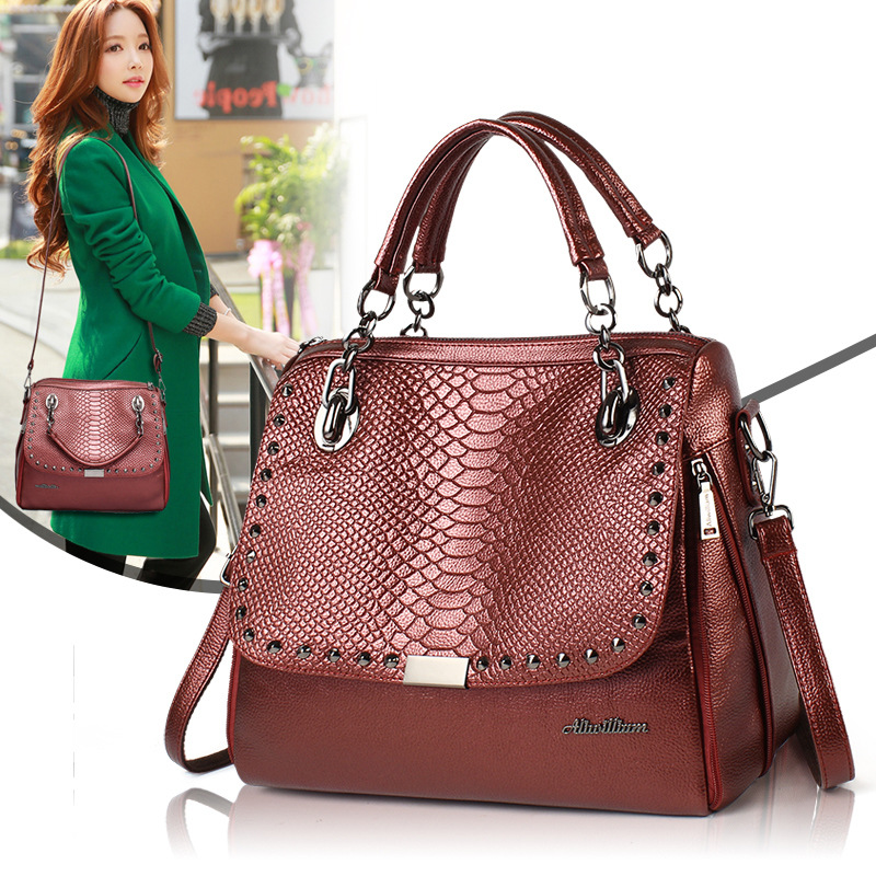 JOFEANAY Brand Leather bag 2017 new rivets package crocodile pattern shoulder bag chain shoulder bag handbag