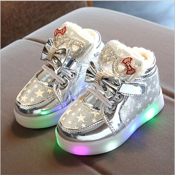 New Cute Children Shoes LED Colorful Lighted Kids Boots Infant Tennis Fashion Baby Sneakers Lovely Girls Warm Boots Size 21-30