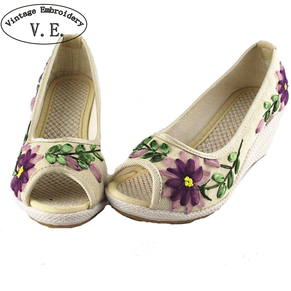 Chinese Women Pumps Floral Embroidery Linen Shoes Retro Cloth Canvas Peep Toe Dance Wedges Heel Single Sandals floral patch detail peep toe sliders