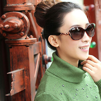 DANKEYISI Hot Polarized Sunglasses Women Sunglasses UV400 Protection Fashion Sunglasses With Rhinestone Sun Glasses Female 2018 4