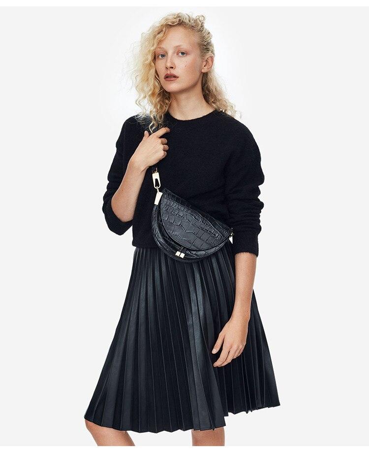 roupas meio círculo coverd couro do plutônio