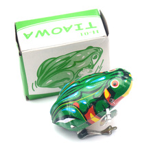 Classic Iron Jumping Frog  Tin Wind Up Clockwork Toys Vintage Toy New Action Figures Toy For Children Gift iwish halloween wind up green ghost goblin zombies jump vampire winding walking frankenstein jumping kids toys all saints day