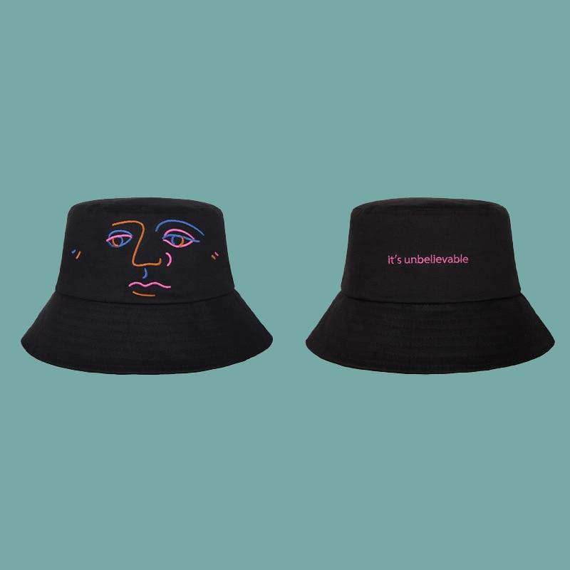 Novedad moda Original diseño cubo sombreros para mujeres hombres negro Rosa  sombrero plano casquillo sombrero de sol al aire libre en Sombreros de cubo  de ... 4193d7ff06c