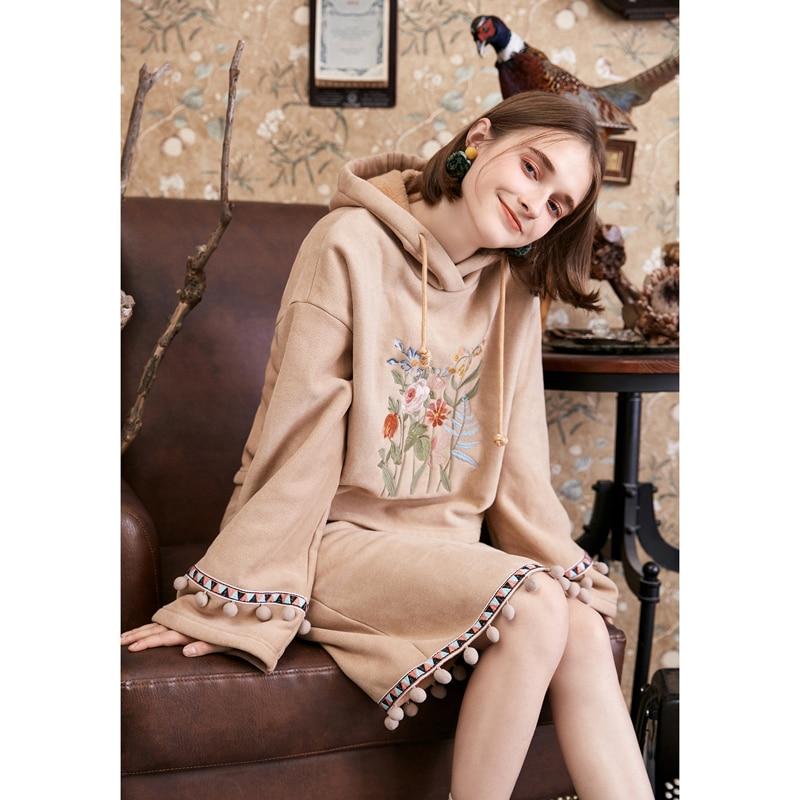 ARTKA 2018 Autumn Winter Women s Loose Exquisite Flower Embroidered Pullovers Suede Hooded Velvet Hoodies Sweatshirt