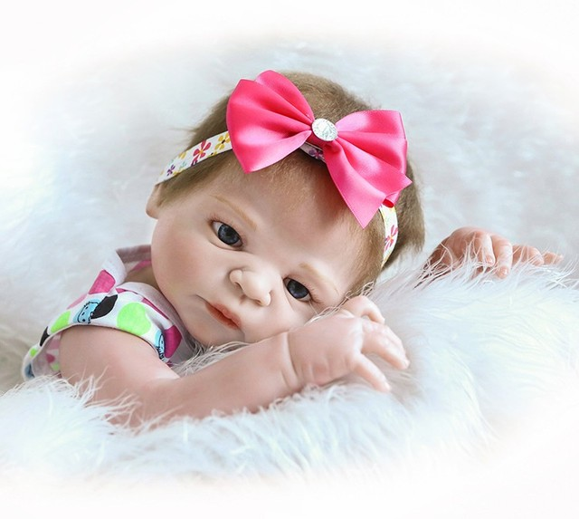 Reborn Doll with Soft Real Gentle Touch Silicone Vinyl Lifelike Doll 3