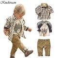 2016 Nova Primavera Crianças 3 pcs Conjuntos de Roupas para Meninos Personagem de Xadrez Estilo Europeu Ternos camiseta + Camisa + Retro Calça Jeans Conjunto Casual, YC020