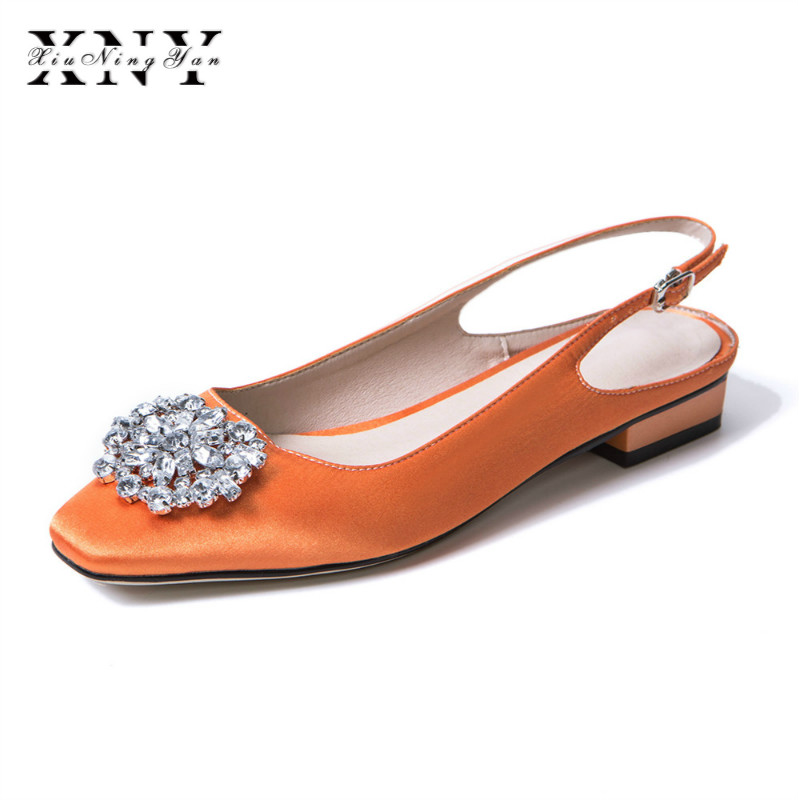XIUNINGYAN 2019 Spring Low Heel Sandals Lady Pumps Classics Buckle Shoes Sexy Women Party Shoes Plus Size 43 Wedding Slingbacks