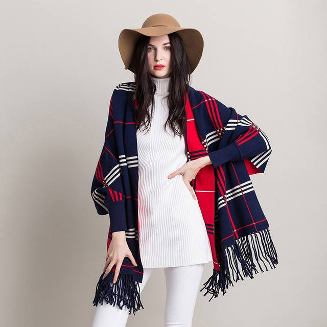 [TWOTWINSTYLE] 2017 Autumn Cashmere Tassels Shawls Plaid Double-Sided Wear Coats Cardigan Trench Coat For Women New Streetwear