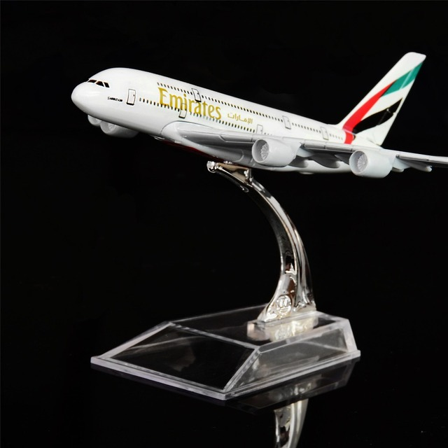 1:400 16cm The United Arab Emirates Airbus A380 Metal Airplane Model Office  Decoration Toy