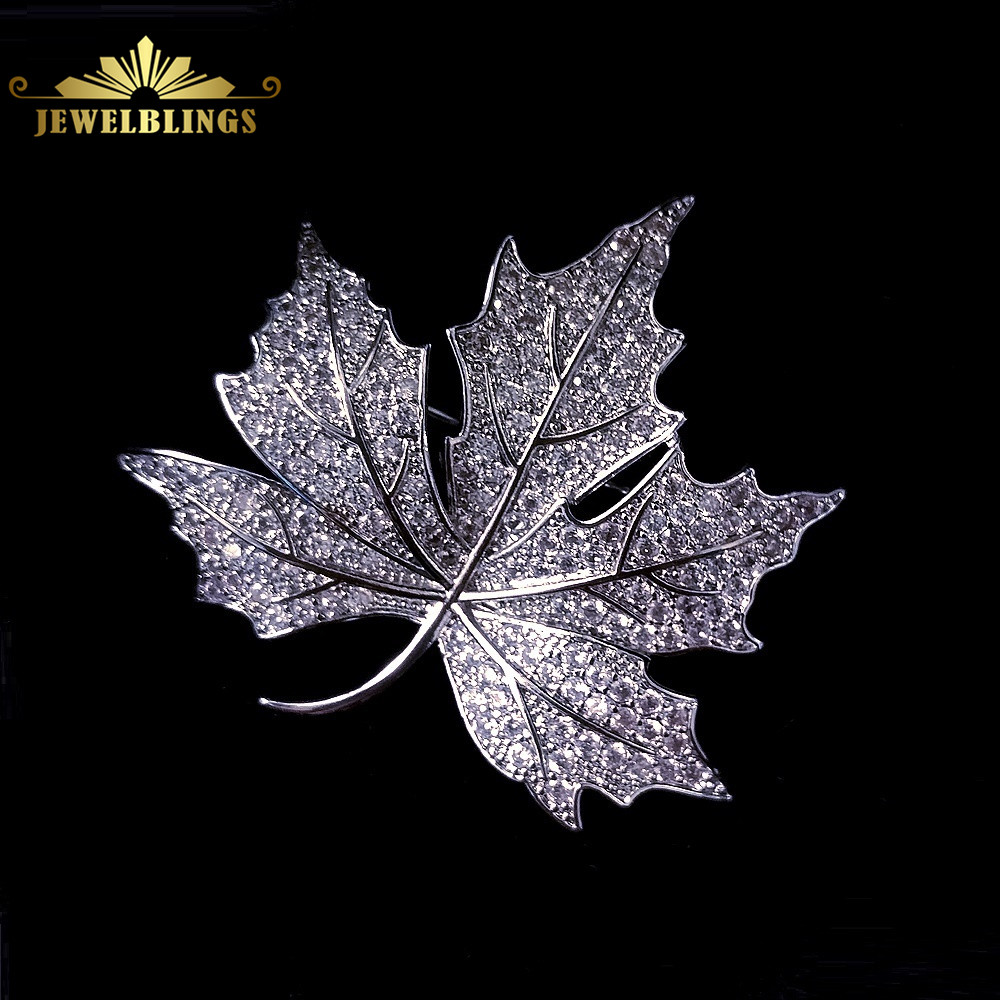 Queen Vintage Micro Pave CZ Canadian Maple Leaf Brooches Silver Tone Stylized Victorian Style Leaf Pin Bling Mother Gift Jewelry