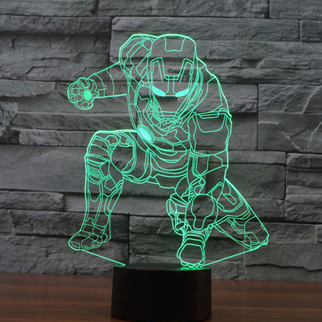 The Avengers Iron Man Deadpool 3D Llevó tabel lámpara de flash juguete 2016 Nuevo Superhéroe Batman 7 color ilusión visual LED luces