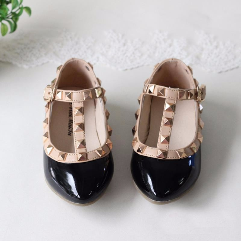spring-and-summer-PU-leather-princess-shoes-female-child-sandals-cutout-child-single-shoes-breathable-rivet (6)