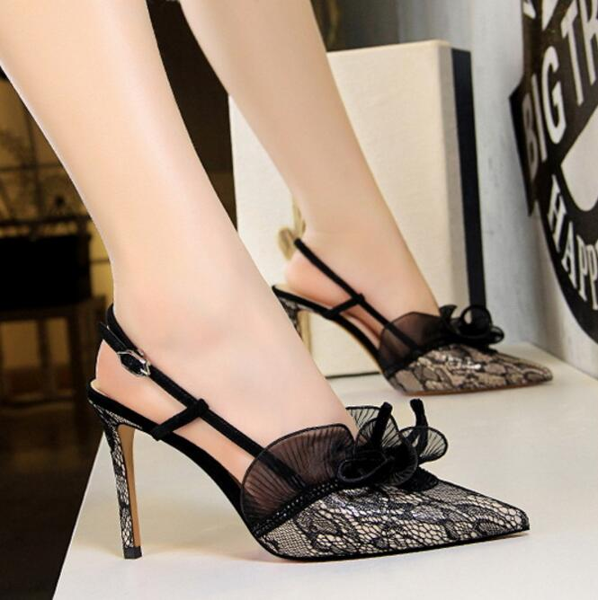 Sexy Hollow Pumps Woman