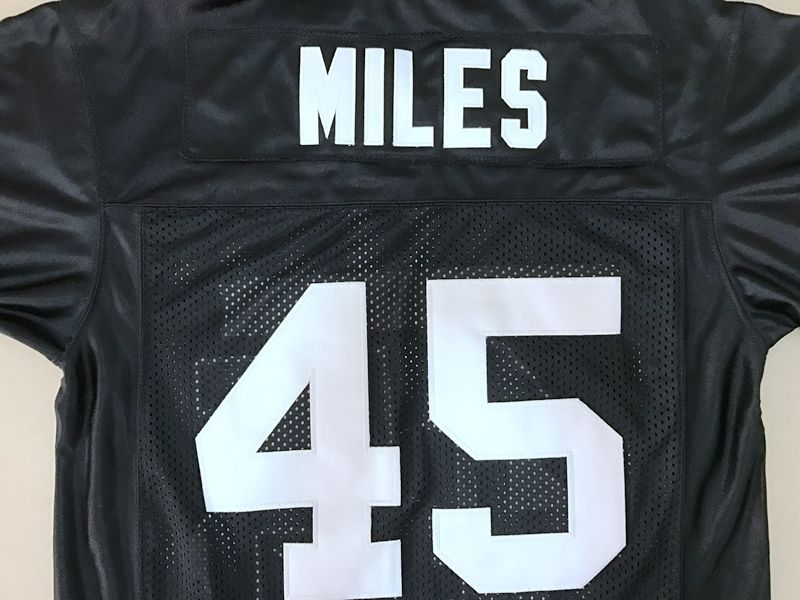Headgear Permian HS Boobie Miles Friday Night Lights Men s Jersey Stitched  Sewn Black S XXXL-in America Football Jerseys from Sports   Entertainment  on ... 602c34431