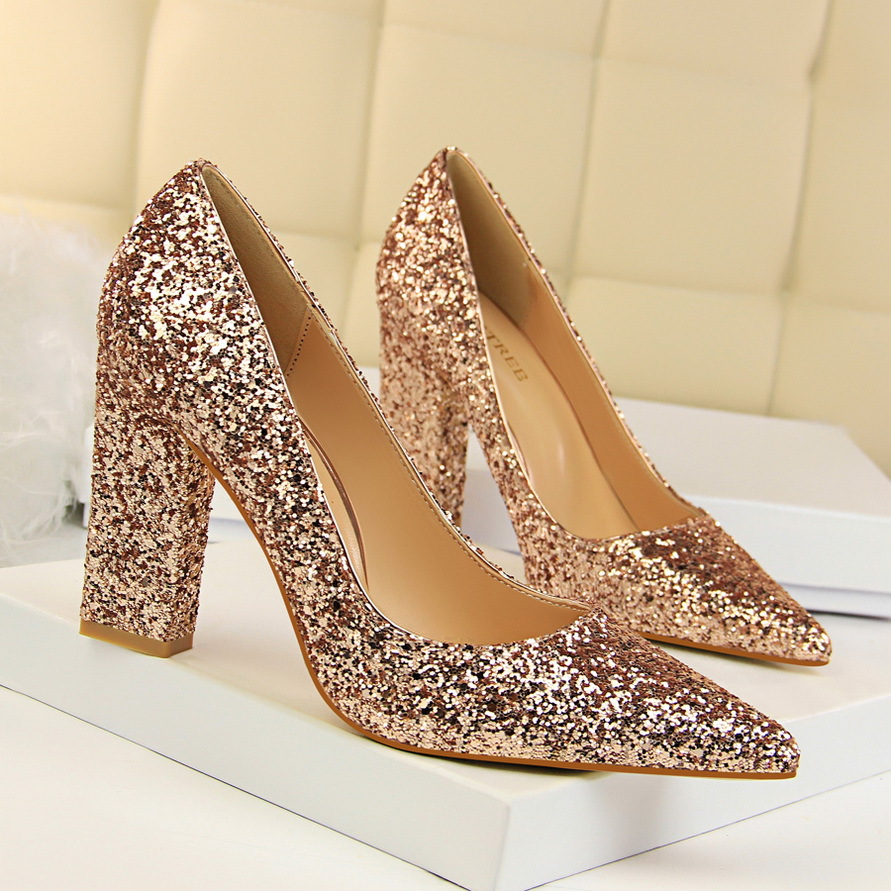 2019 new fashion thick with high-heeled shallow mouth was thin pointed flashing sequins sexy single high heels
