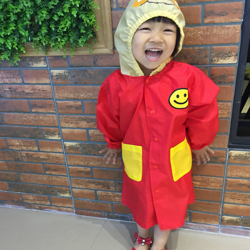 Fashionable Children Rainwear Baby Rain Gear Cartoon Bread Superman Raincoat Kindergarten Student Rain Cape with Storage Bag