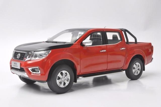 1:18 diecast modell für nissan navara sport 2017 red & black pickup