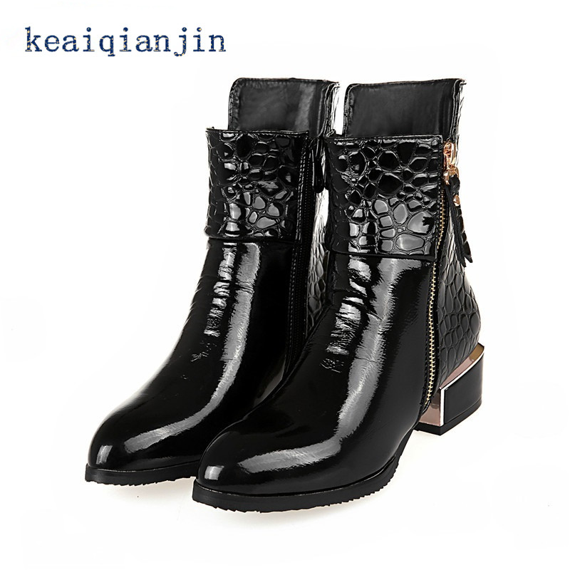 ФОТО Black Patent Leather Boots Pointed Toe Patent Leather Ankle Boots Blue Wine Red Woman Side Zip Low-heeled Plus Size Winter Boots