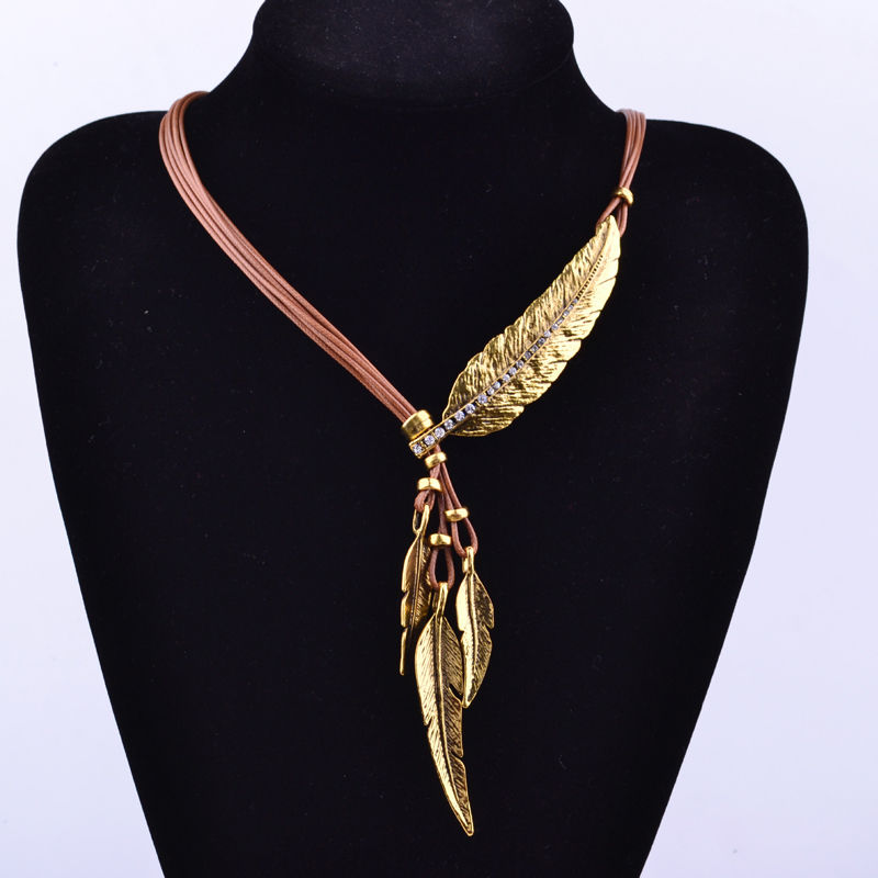 3bc806fbdd0a6 US $1.59 5% OFF|1 Pc Women Lady Bohemian Style Bronze Rope Chain Feather  Pattern Pendant Choker Necklace Jewelry Gift-in Pendant Necklaces from ...